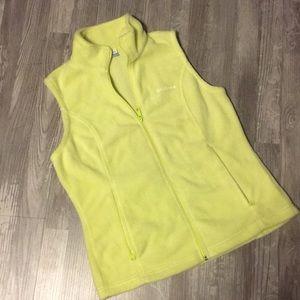 Ladies Columbia yellow fleece vest size Medium
